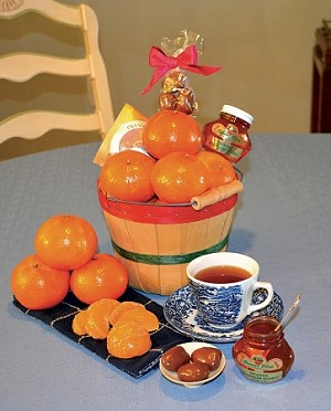 1/2 Peck Celebration Basket with Tangerines